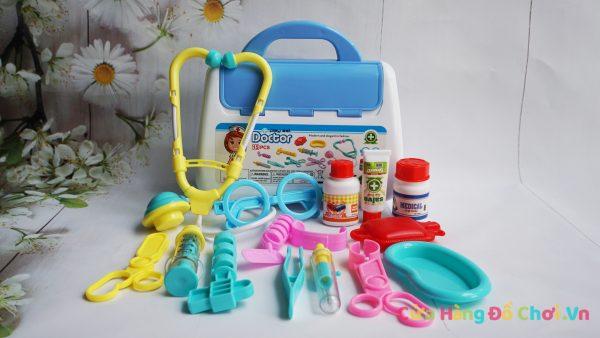 Bộ đồ chơi tập làm bác sĩ cho bé 15 món